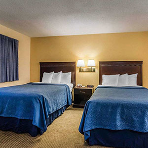 photo of 2 beds in hotel room